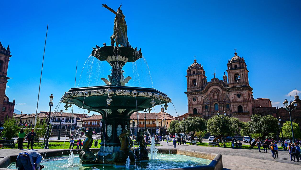 Mirabus en Cusco